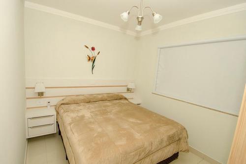 apartamento para alugar novo para 4 y 8pessoas em bombinhas