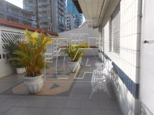 apartamento para locação definitiva , próximo as principais áreas de lazer da cidade , praia , padaria e mercado , mobiliado
