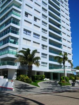 apartamento parada 7 playa mansa 2 dorm carnaval 7 días 2020