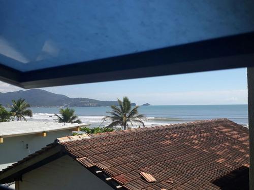 apartamento pé na areia com 03 dormitórios em meia praia itapema-sc - 1917