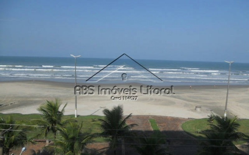 apartamento pé na areia  em praia grande - ap 154