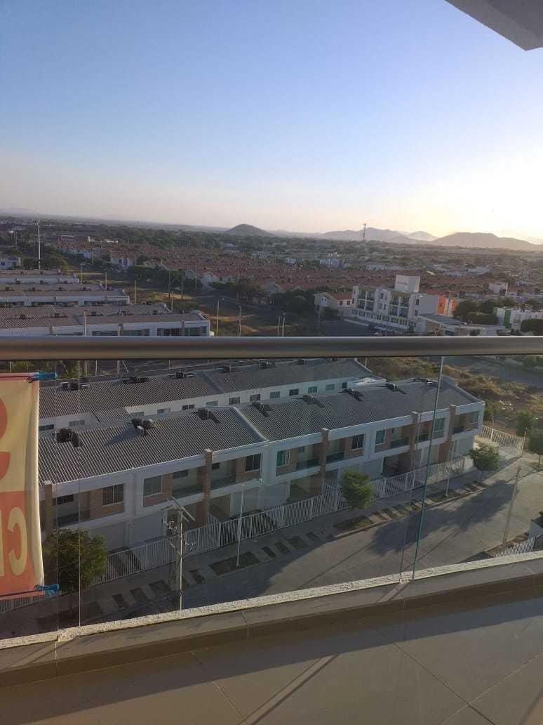 apartamento piso 9. excelente vista a la ciudad