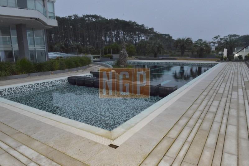 apartamento piso alto nuevo con todos los amenities y la mejor vista al mar-ref:14511