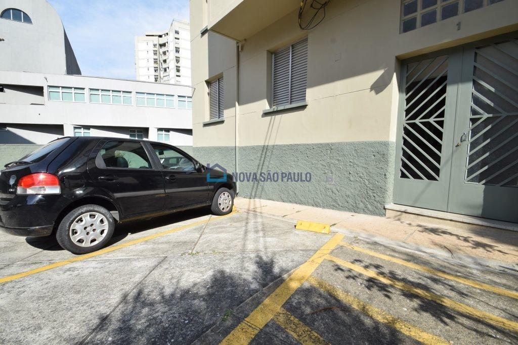 apartamento planalto paulista 2 dormitórios, varanda, cozinha com armários 1 vaga. - bi25814
