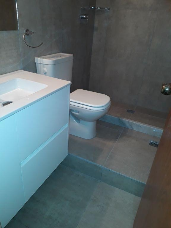 apartamento pocitos venta 1 dormitorio galarza y luis a. herrera penthouse parrilla linea blanca gje