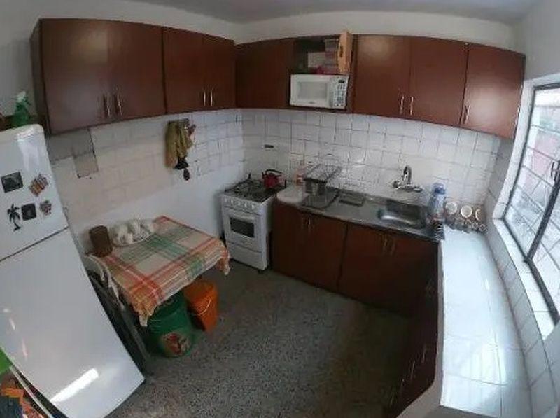 apartamento - prado. av.millan y millot. apto tipo casa