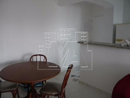 apartamento próximo à praia - 02 quartos 01 suíte