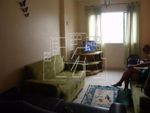 apartamento próximo à praia com 02 quartos