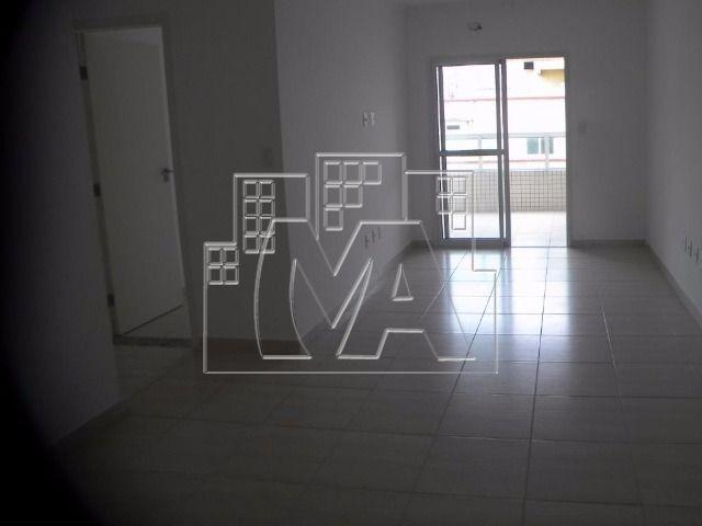 apartamento próximo à praia em ocian - 03 quartos 01 suíte
