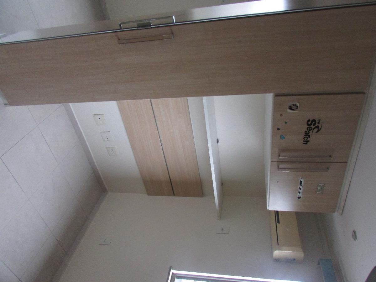 apartamento reformado e mobiliado na 25 de agosto