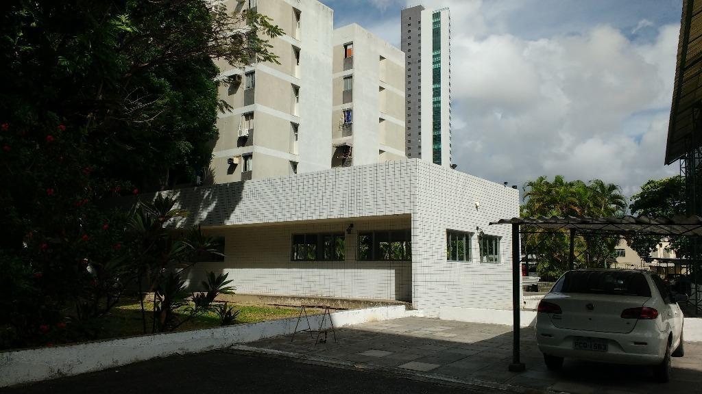 apartamento residencial à venda, torre, recife. carlos (81) 98666-6050 - ap2000