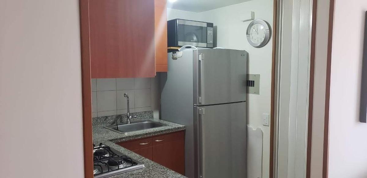 apartamento sector metropolis  70 metro cuadrados