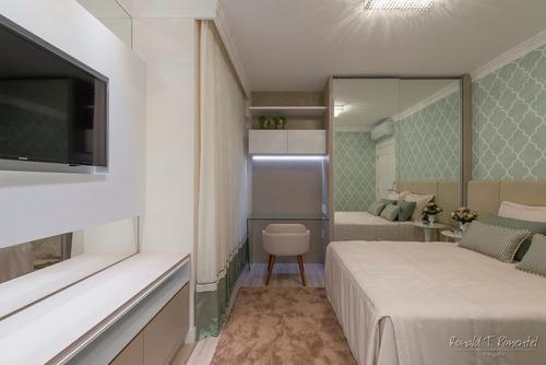apartamento showroom a venda em meia praia!