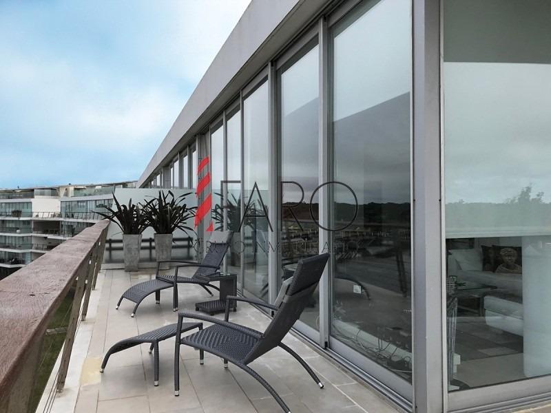 apartamento sobre el mar en la barra con terraza propia con piscina y parrillero-ref:36320