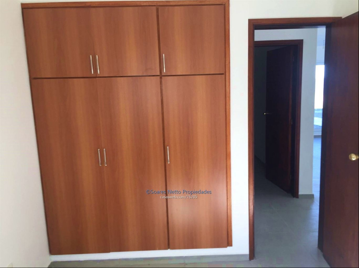 apartamento sobre rambla con gran vista