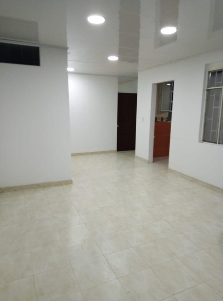 apartamento tercer piso, servicios independientes