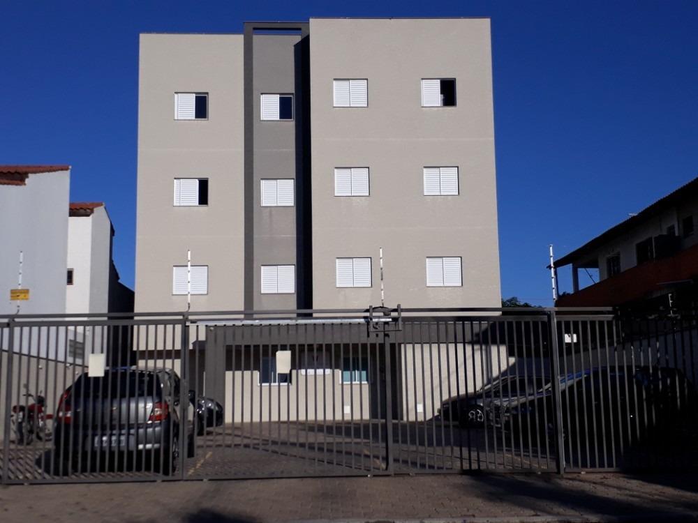 apartamento térreo 2d sl .wc quintal é só morar