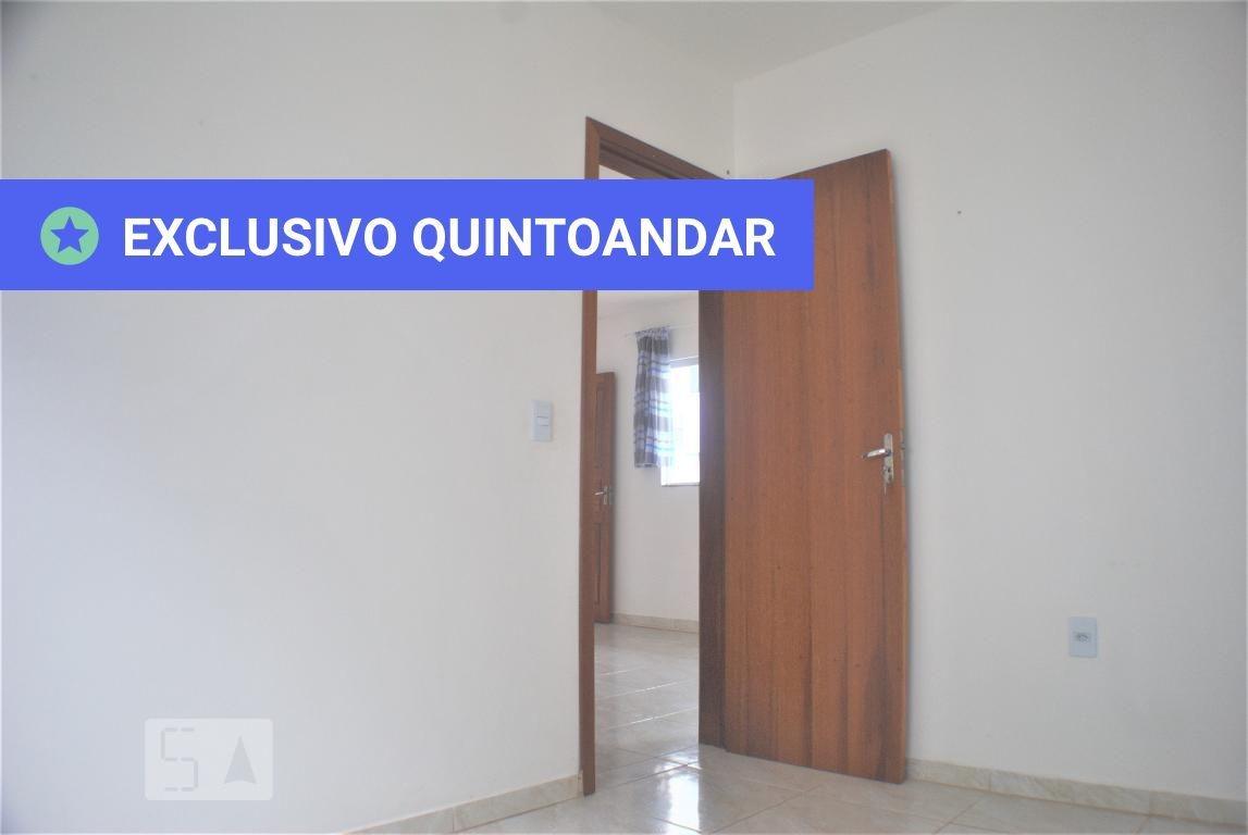 apartamento térreo com 2 dormitórios e 1 garagem - id: 892972084 - 272084