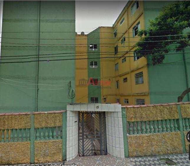 apartamento térreo recém reformado 2 dorms 1 vaga na cohab ii - v7428