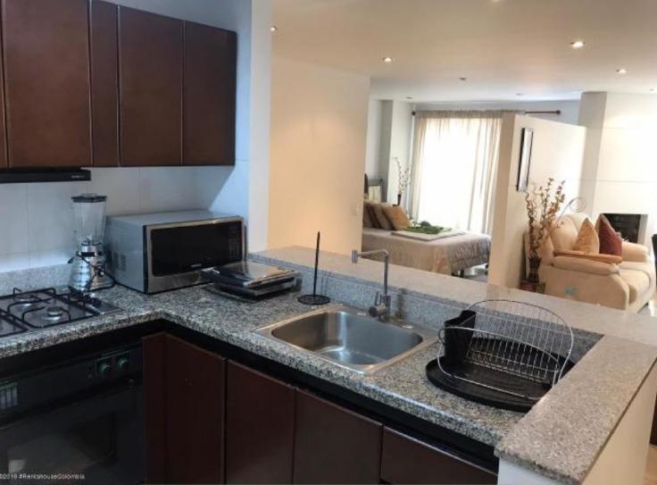 apartamento tipo loft de 2 habitaciones + 1 baño