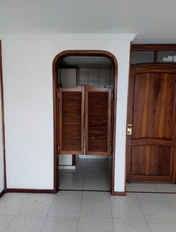 apartamento torres de comfandi con 3 habitaciones y 2 baños