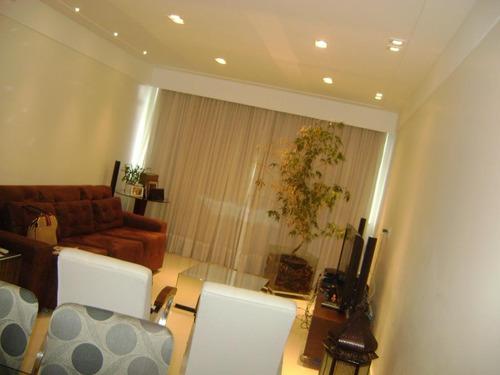 apartamento totalmente reformado 1 quadra da praia 2 vagas - codigo: ap0386 - ap0386