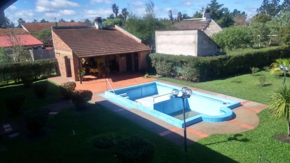 apartamento turistico con piscina en termas del dayman