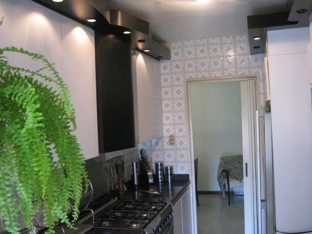 apartamento tzas del club hipico mls #20-3574 / 04265779253
