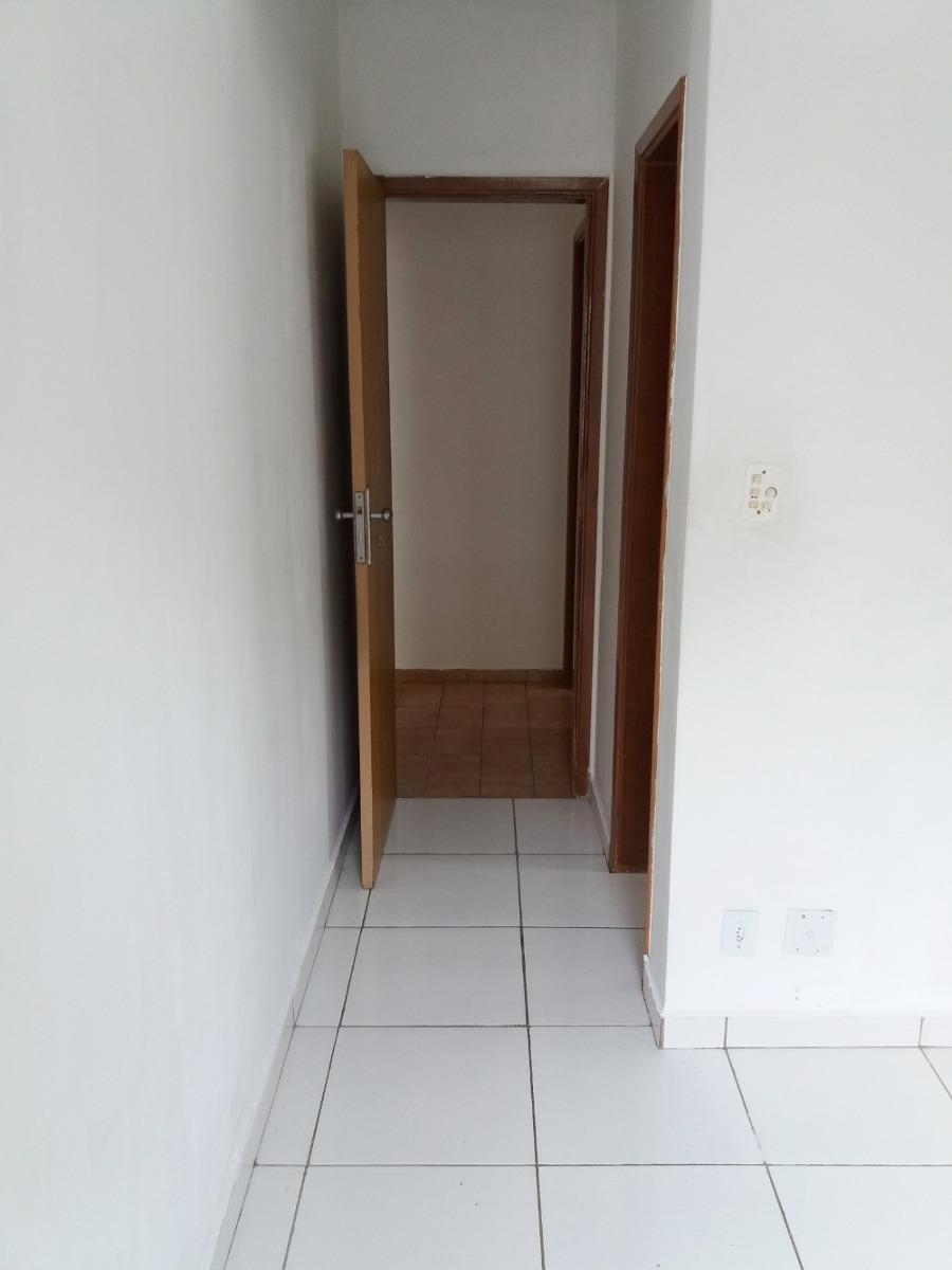 apartamento uma suíte um dormitório dois banheiros cozinha