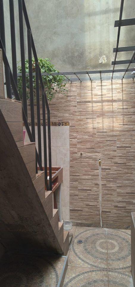 apartamento unifamiliar dos niveles y terraza.