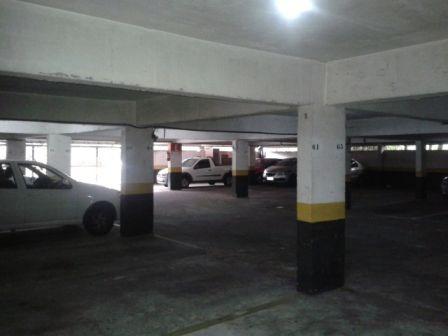 apartamento à venda em condomínio portal dos bandeirantes