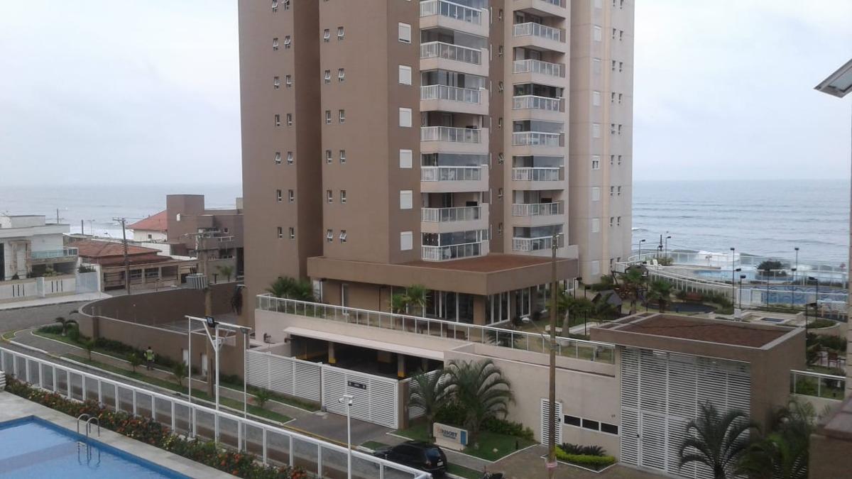 apartamento à venda pé na areia em itanhaém. 403