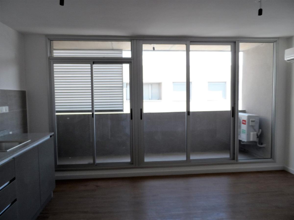 apartamento venta, 2 dormitorios. brazo oriental.
