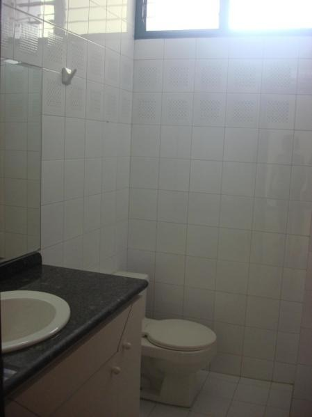 apartamento+venta+los palos grandes .18-13266.***
