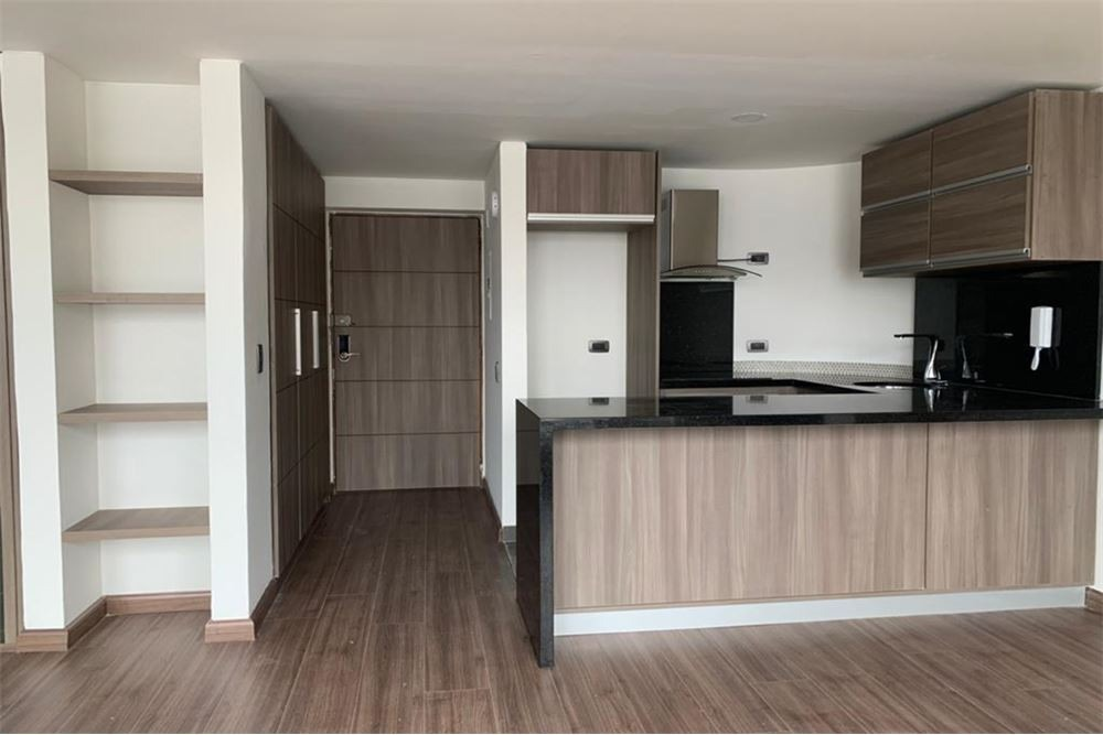 apartamento venta sobre cra 7ma.  37m2. ext. remodelado