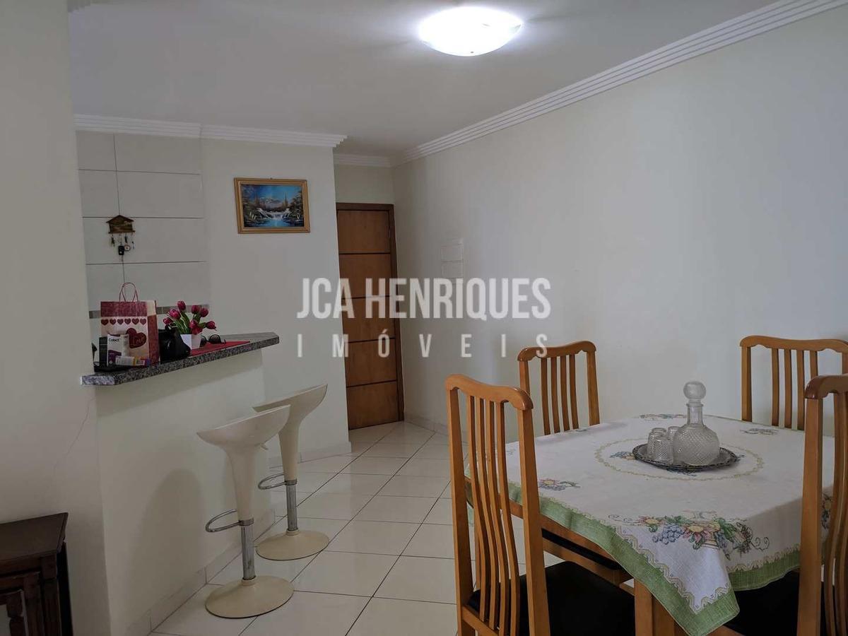 apartamento vista de frente mar com 2 dormitórios - v835