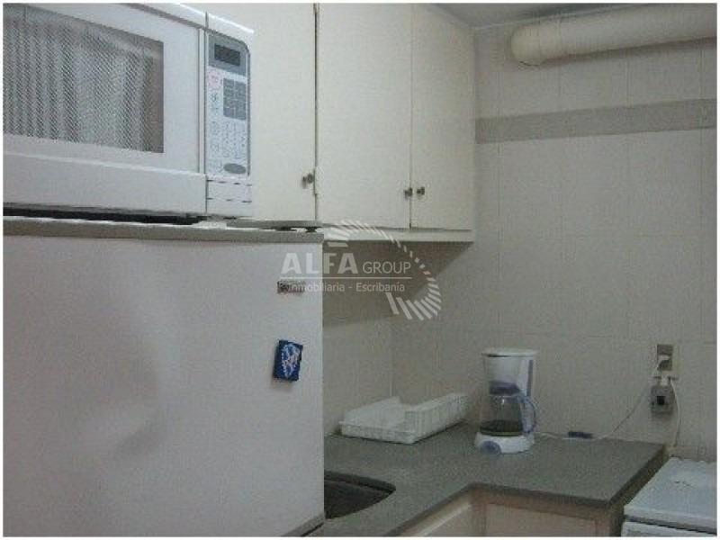 apartamento zona parada 15 de playa mansa- ref: 2291