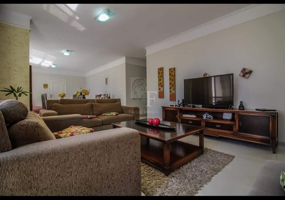 apartamento,mobilhado, bem localizado,03 suítes