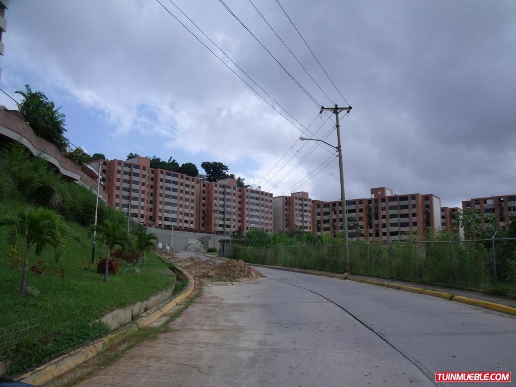 apartamentos en venta 17-8205 joxuel rincon 04127171572