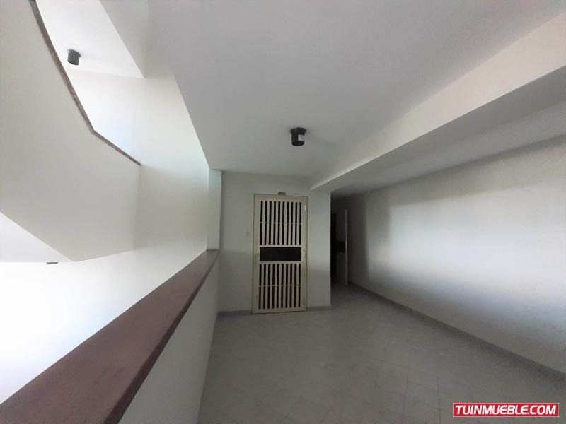 apartamentos en venta agua blanca om 19-16091