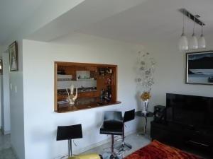 apartamentos en venta en tzas del club hipico mls #19-12035