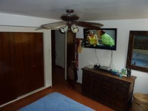 apartamentos en venta en tzas del club hipico mls #19-13078