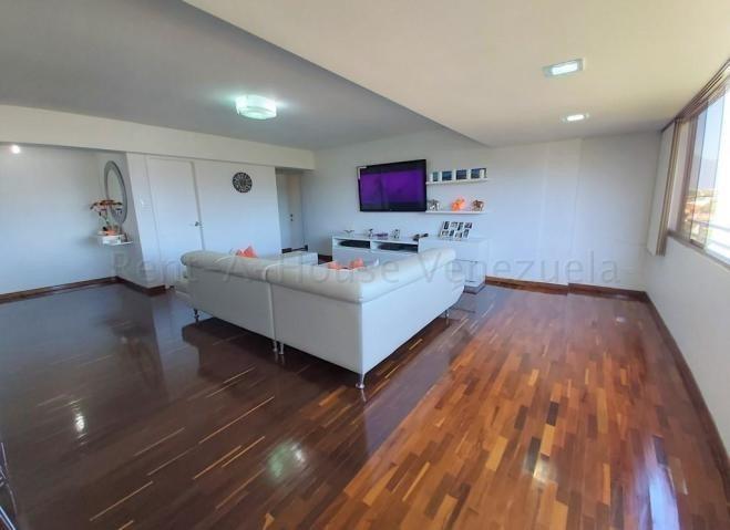 apartamentos en venta lomas de prados del este 20-8594