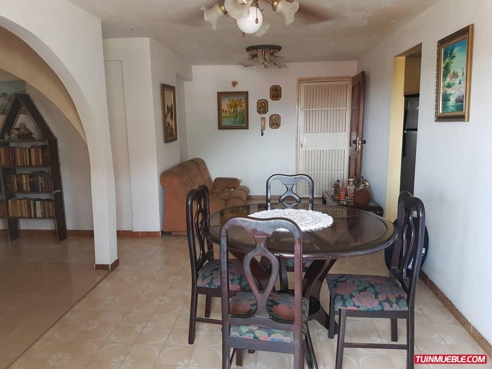 apartamentos en venta  maa-888