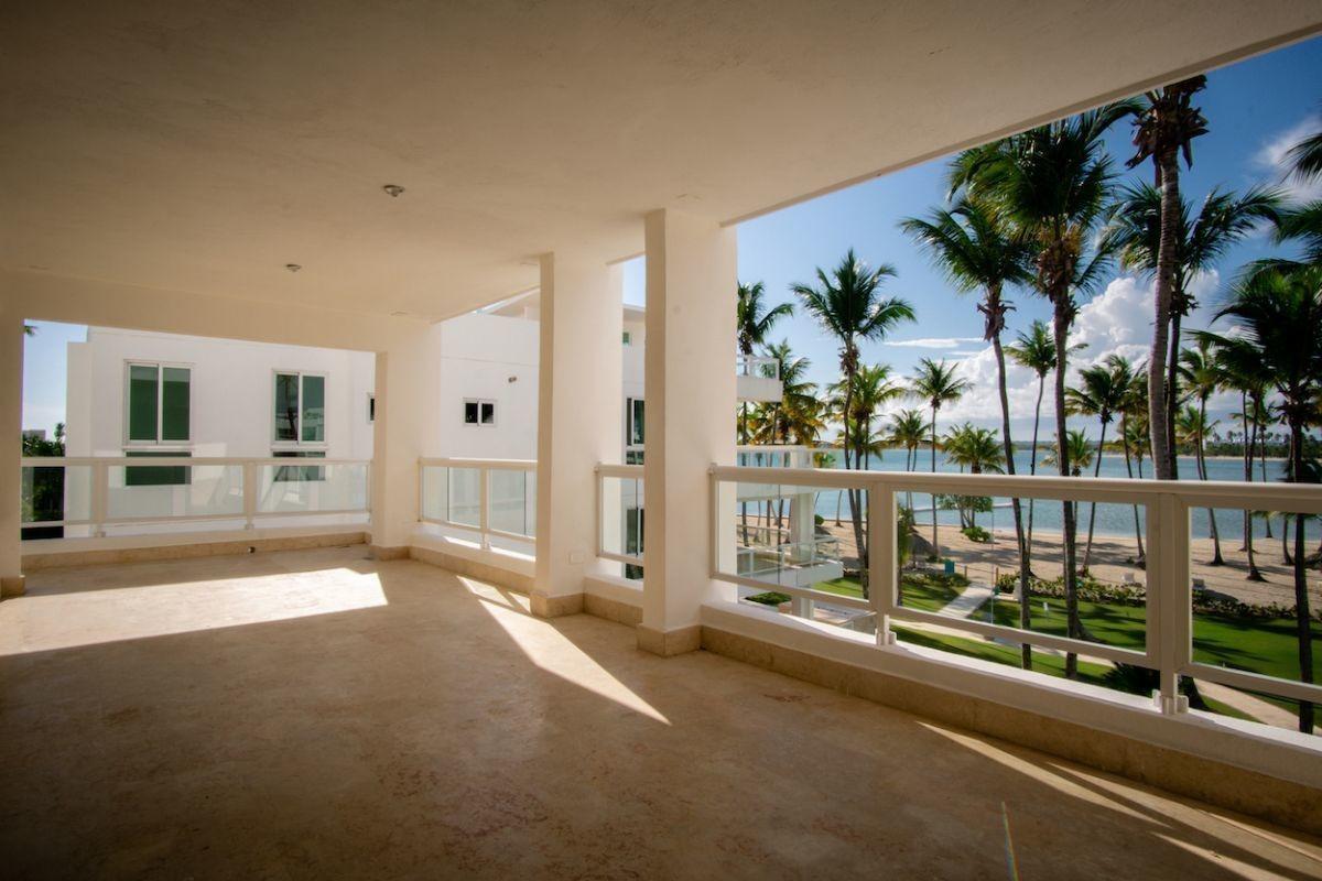 apartamentos listos para entrega frente a la playa, playa nueva romana