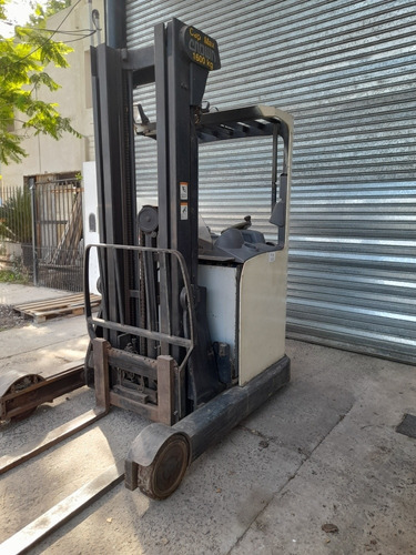 apilador electrico hombre a bordo crown x 1600kg