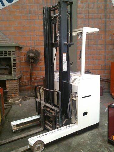 apilador retráctil shinko (japon)1500 kg / elevación 4 mts