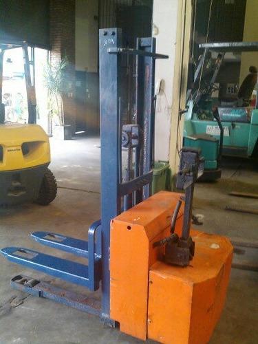 apilador stacker  toyota 300 kg / elevación 2 mts