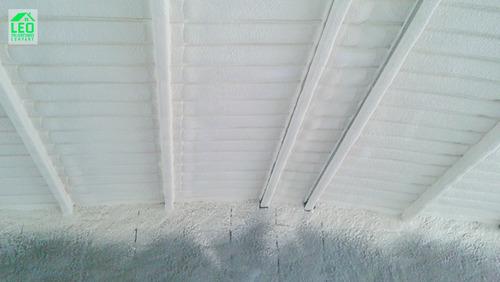 aplicación de poliuretano expandido (techos, paredes, etc.)