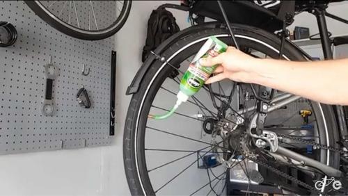 aplicación slime anti pinchazos bicicleta